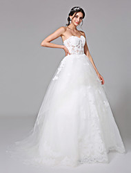 2017 Lanting Bride® Ball Gown Wedding Dress - Classic & Timeless See-Through Wedding Dresses Sweep / Brush Train Sweetheart Tulle with