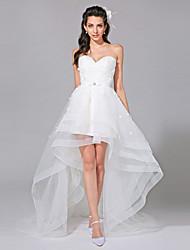 Lanting Bride® Trapèze Robe de Mariage  - Chic & Moderne Dentelle Fleurie Asymétrique Coeur Dentelle / Tulle avecNoeud / Ceinture / Ruban