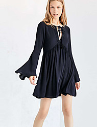 Europe and the United States deep V smoke plait to bind backless horn sleeve long-sleeved dress
