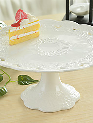 White Color Ceramic Tableware Tray Cake Pan Cupcake Stand Cupcake Dessert Dish Fruit Plate Tray Design is Random