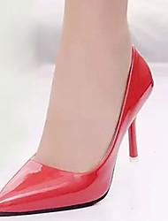 Mujer Tacones Confort PU Otoño Casual Paseo Confort Combinación Tacón Stiletto Blanco Rojo 5 - 7 cms