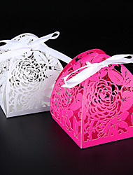 50pcs Flower Wedding Box Laser Cut Candy Box Party Favors Gift Box Baby Shower Wedding Favors Box
