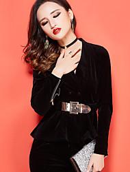 Winter Women's European leg of the big fashion OL temperament Slim long-sleeved velvet suit jacket + trousers piece