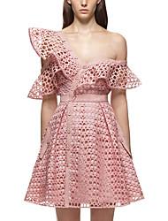 13 Книжный формат 2017 новый весенний сезон розовый нерегулярные воланами от плеча кружева платье