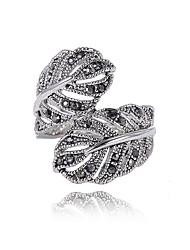 Массивные кольца Уникальный дизайн Мода По заказу покупателя Euramerican Массивные украшения Английский Стразы В форме листа Серебряный