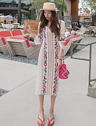 Пятно Корея покупке 2017 летних новых национальных Ветер вышивка цветок девушки платье Slit платье