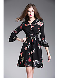 Sign # 2016 new winter European and American fashion printed ladies horn sleeve V-neck Slim A-line dress