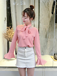 Sign new early spring two wear lace trumpet sleeve shirt