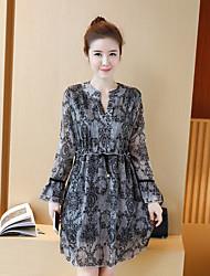 Real shot female long-sleeved chiffon dress Korean version was thin long bottoming retro print lace skirt spring 2017