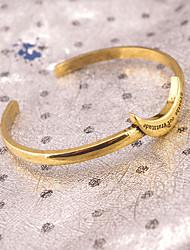 Femme Manchettes Bracelets Bijoux Mode Vintage Alliage Lune Or Argent Bijoux Pour Soirée Occasion spéciale 1pc
