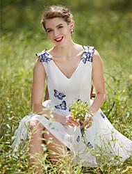 A-line V-neck Short/Mini Tulle Wedding Dress with Flower