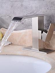 Contemporâneo Arte Deco/Retro Moderno Conjunto CentralVálvula Cerâmica Monocomando Dois Buracos for  Escovado , Torneira pia do banheiro