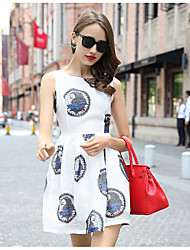 Real shot in Europe and America summer new round neck printing beauty head zipper waist pleated lace dress