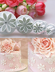 4 PCS Little Daisy Spring Embossing Die Biscuits Die Double Sugar Cake Mould