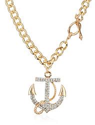 Femme Collier court /Ras-du-cou Pendentif de collier Colliers Déclaration Forme Géométrique Alliage de métal StrassPendant euroaméricains