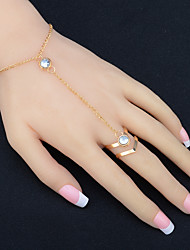 Women's Ring Bracelet Rhinestone Fashion Crystal Alloy Chain Pierced Tassel Harness Finger Bracelet Birthday Party/Evening Gift