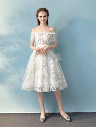 Robe de bal robe de soirée à encolure robe de cocktail en dentelle avec ruban en dentelle