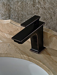 Art Deco/Retro Tall/High Arc Pull-out/Pull-down Standard Spout Vessel Ceramic Valve Oil-rubbed Bronze , Kitchen faucet