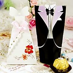 klassische Braut und Bräutigam zugunsten Box (Satz 24)