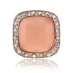 Anillos De mujeres Diamantes Sintéticos Aleación Aleación 8 / 8½ / 9 Como la fotoRepresentación de estilo & de color puede variar según