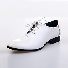 Men's Spring / Summer / Fall / Winter Comfort Leather Wedding / Party & Evening Flat Heel Lace-up Black / Brown / White