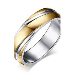 Férfi Karikagyűrűk Gyűrű Régies (Vintage) minimalista stílusú Aranyozott Titanium Acél Round Shape Ékszerek KompatibilitásEsküvő Party