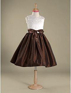 Knee-length Lace / Taffeta Junior Bridesmaid Dress A-line / Princess Jewel