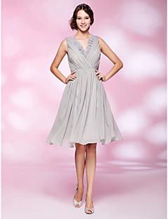 에이 라인 V 목 무릎 길이 쉬폰 칵테일 드레스
