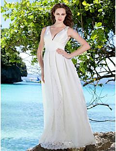 Lanting Bride Sheath/Column Petite / Plus Sizes Wedding Dress-Floor-length V-neck Lace / Satin