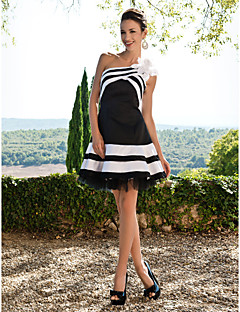 Homecoming Cocktail Party/Sweet 16 Dress - Black Plus Sizes A-line One Shoulder Short/Mini Satin