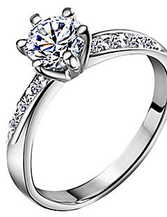 Femme Anneaux Amour Mariée Classique bijoux de fantaisie Zircon Plaqué argent Six Griffes Bijoux Pour Mariage Quotidien