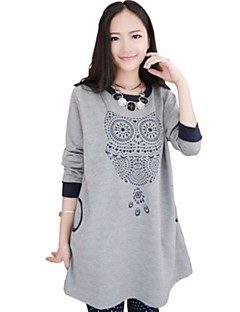 Женский свитер с принтом и с длинным рукавом