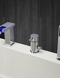 現代風 バスタブとシャワー LED 滝状吐水タイプ ハンドシャワーは含まれている with  セラミックバルブ シングルハンドル三穴 for  クロム , 浴槽用水栓