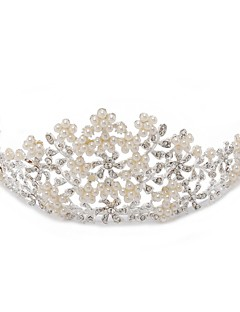 Dame/Blomsterpige Legering/Imitert Perle/Kubisk Zirkonium Headpiece Bryllup/Spesiell Leilighet Diademer Bryllup/Spesiell Leilighet