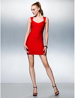 Kleid Seide - Etui-Linie - mini - V-Ausschnitt