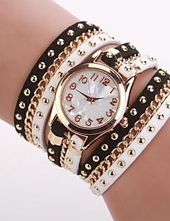 לנשים שעוני אופנה שעון צמיד קווארץ PU להקה שחור לבן שחור לבן