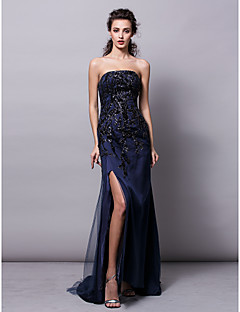 Formal Evening / Black Tie Gala Dress - Furcal Plus Size / Petite Sheath / Column Strapless Sweep / Brush Train Tulle / Sequined with