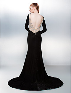 TS Couture® Prom / Formal Evening Dress - Beautiful Back Plus Size / Petite Trumpet / Mermaid Bateau Chapel Train Velvet with Beading / Bow(s)