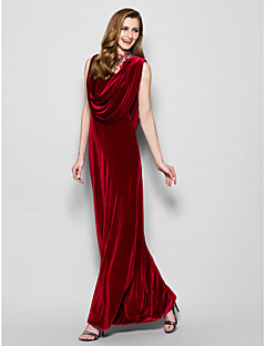 Lanting Sheath/Column Plus Sizes / Petite Mother of the Bride Dress - Burgundy Floor-length Sleeveless Velvet