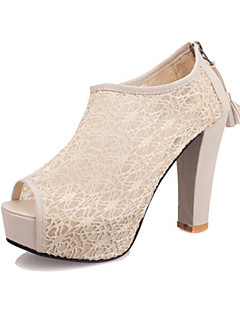 Calçados Femininos - Sandálias - Peep Toe / Plataforma / Conforto / Bico Aberto - Salto Agulha - Preto / Branco - Renda -Casamento /