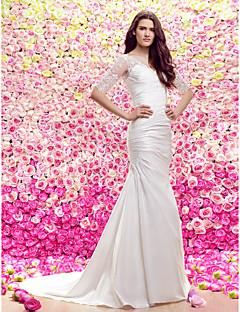 Lanting Sheath/Column V-neck Court Train Wedding Dress (Lace/Satin)