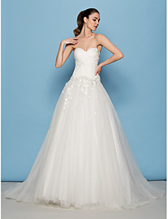 Lanting Bride® A-linje / Prinsessa Petite Brudklänning Svepsläp Älskling Tyll med