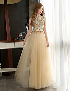 Formal Evening Dress A-line Bateau Floor-length Tulle with Appliques / Beading / Sash / Ribbon