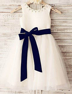 Princess Knee-length Flower Girl Dress - Satin / Tulle Sleeveless Scoop with Beading / Sash / Ribbon