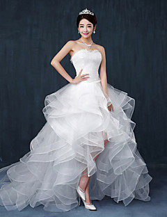 A-line Wedding Dress - Chic & Modern Asymmetrical Sweetheart Lace / Tulle with Ruffle / Beading