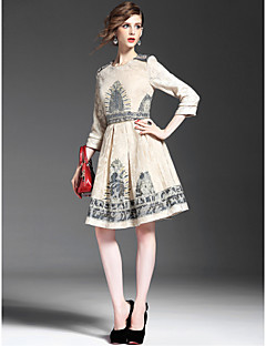 A-line Mother of the Bride Dress - Multi-color Knee-length 3/4 Length Sleeve Polyester
