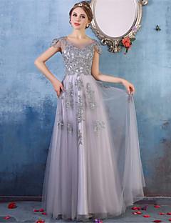무도회 공식적인 이브닝 드레스 - 크리스탈 디테일 레이스가있는 우아한 A 라인 스쿠프 바닥 길이의 얇은 명주 그물