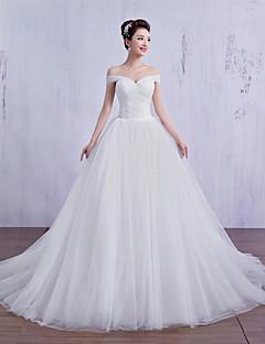 שמלת כלה  - שנהב (צבע וסגנון עלולים להיות שונים בין צגים) שמלת נשף שובל קורט (ארוך) - צווארון סירה - טול