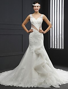 Trumpet/Mermaid Wedding Dress - Ivory Chapel Train V-neck Lace / Tulle