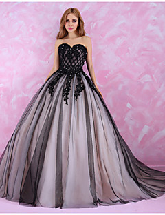 Princess Wedding Dress Wedding Dresses in Color Chapel Train Sweetheart Tulle with Crystal / Lace / Pattern / Beading / Criss-Cross